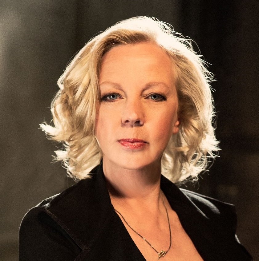 Deborah Meaden at Europe's Customer Festival